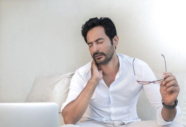Tips bij nekpijn of stijve nek